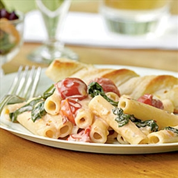 Ziti with Spinach, Cherry Tomatoes and Gorgonzola Sauce