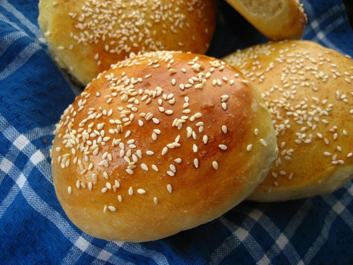 Recipes Course Bread Rolls and Buns Sesame Hamburger Buns