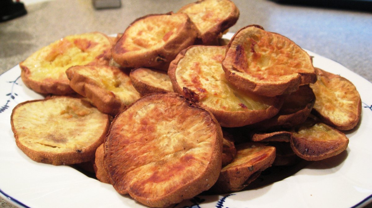 how to cut potatoes into chunky chips