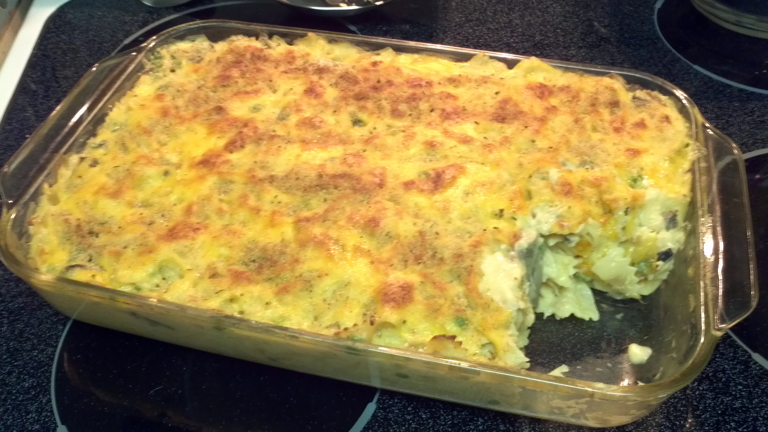 tuna-and-macaroni-casserole.jpg
